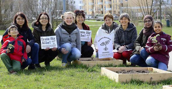 Gruppenbild Essbares Rieselfeld09.04.2013